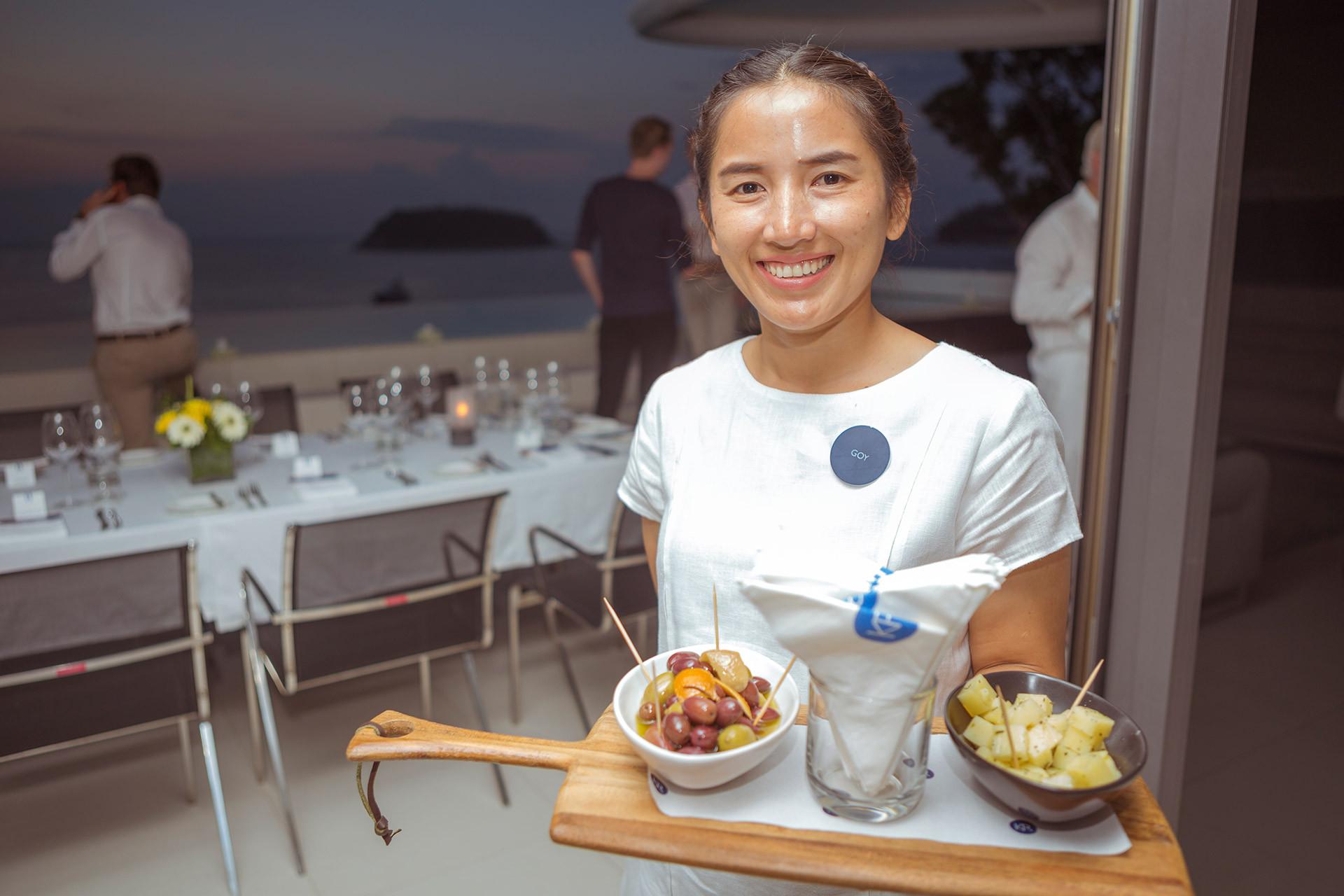 Private Sky Villa Dining