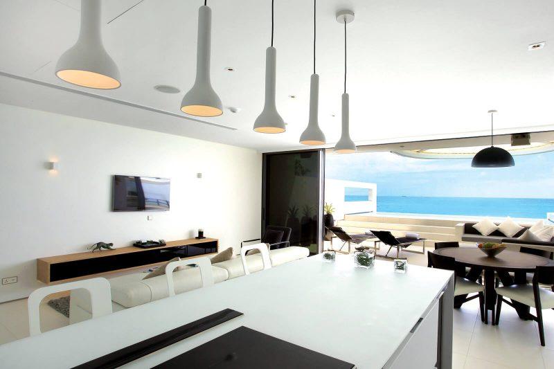 Ocean view Sky Pool Villas - One-bedroom Sky Pool Villa - ocean view Sky Pool Villas - Kitchen & living area