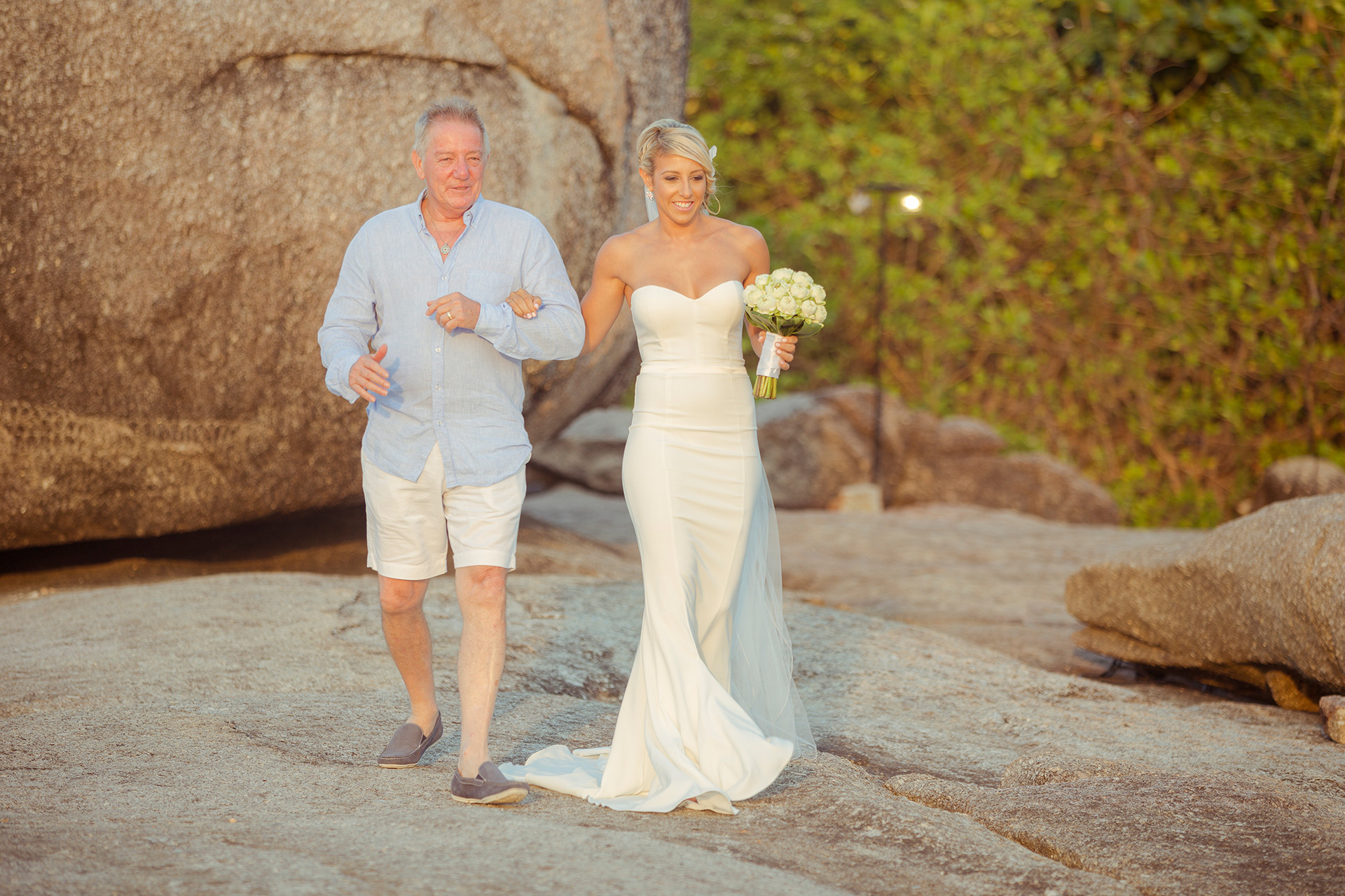 Свадебная церемония и медовый месяц в Kata Rocks