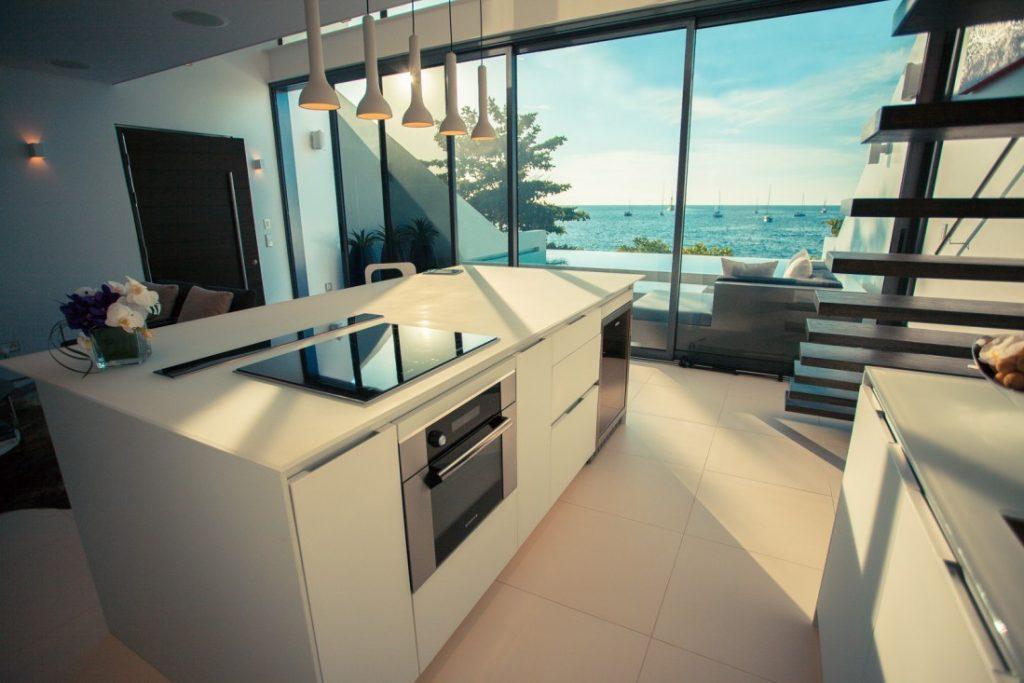 Contemporary Smart Kitchens Redefine Modern Luxury