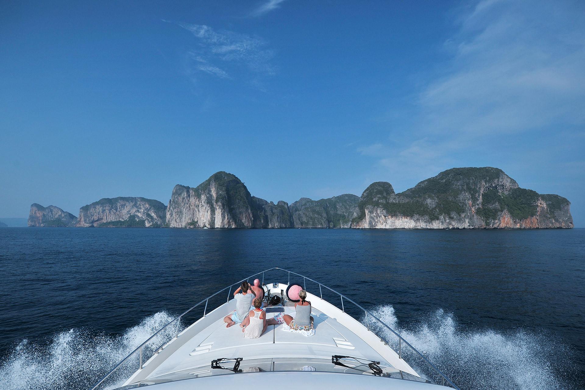 Wahoo Phuket Boat & Yacht Charter   Kata Rocks Resort Phuket Thailand