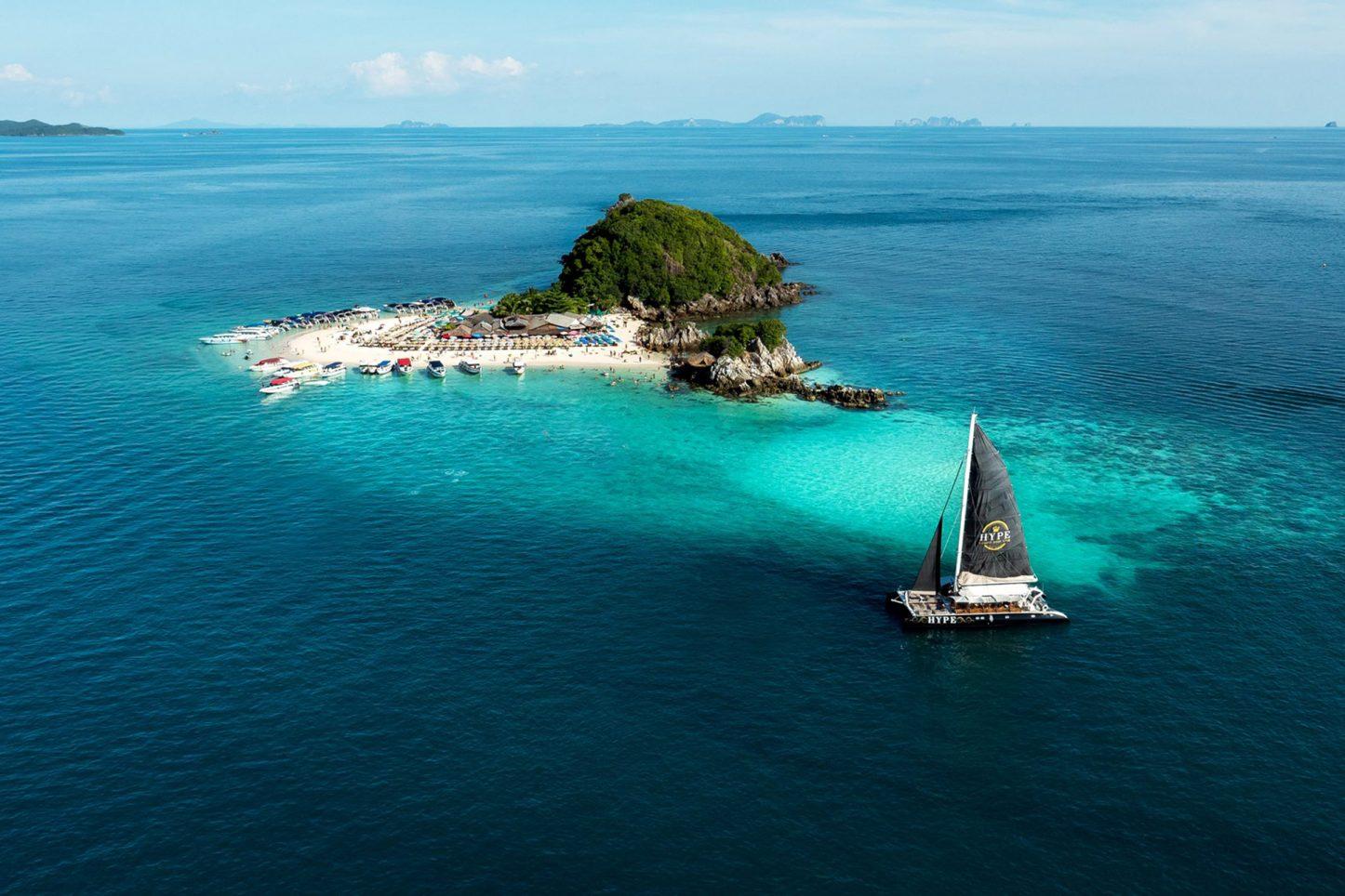 Hype Luxury Boat Club Phuket, Phuket, Thailand
