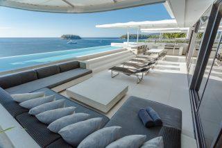 Four-bedroom Penthouse Sky Villa 17