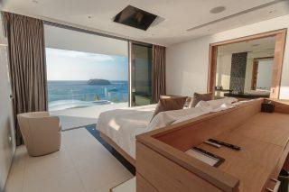 Three-bedroom Sky Villas 04