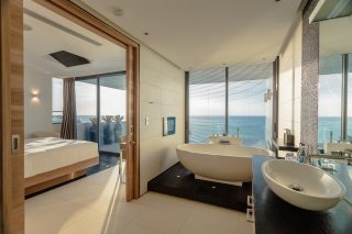 Three-bedroom Sky Villas 05
