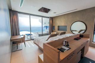 Four-bedroom Penthouse Sky Villa 15