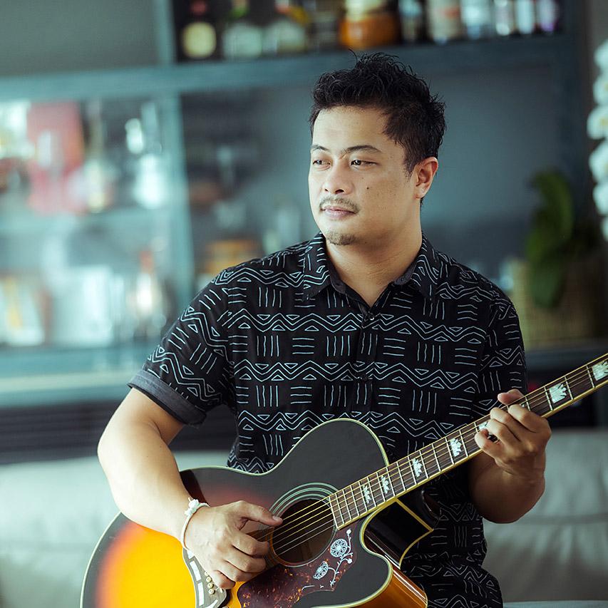 Resident Musician at Kata Rocks