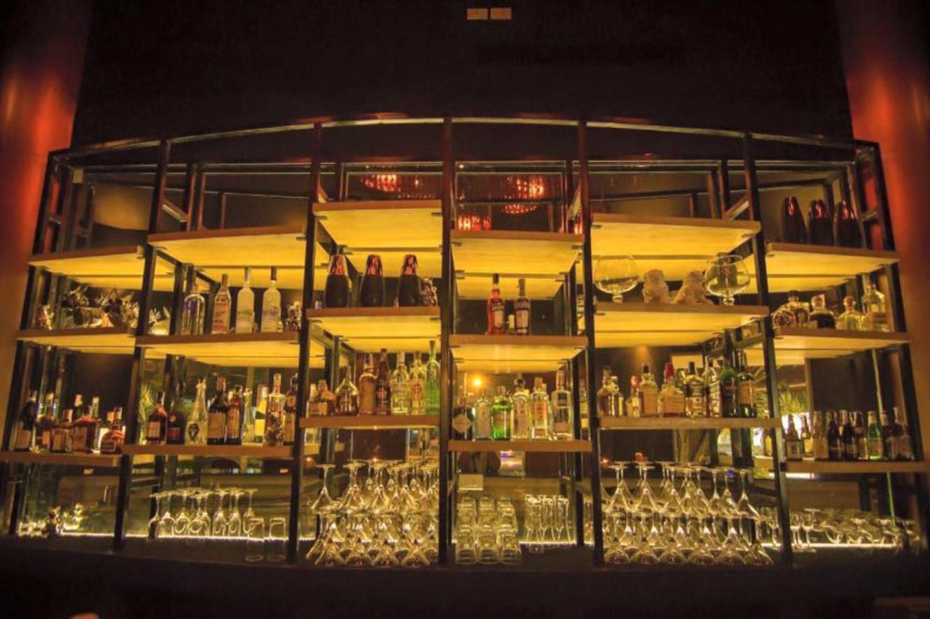 Taste Bar & Grill, Bangtao