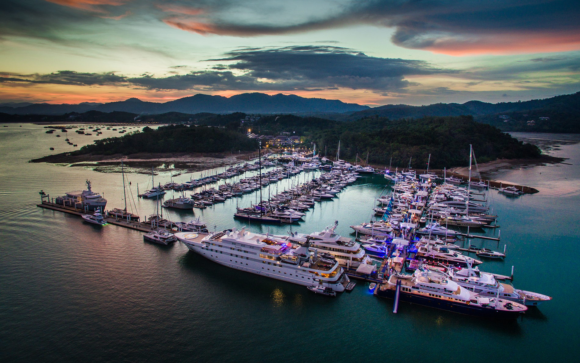 Top Yacht Event Phuket