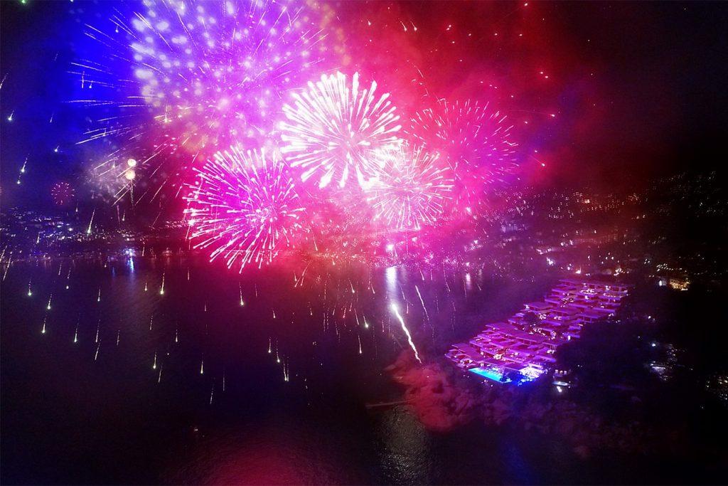 CELEBRATE THE 2017 FESTIVE SEASON WITH KATA ROCKS PHUKET