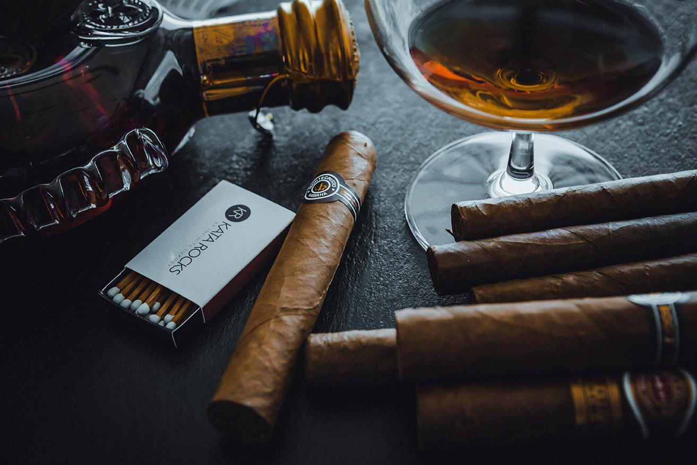 Cigar at Kata Rocks