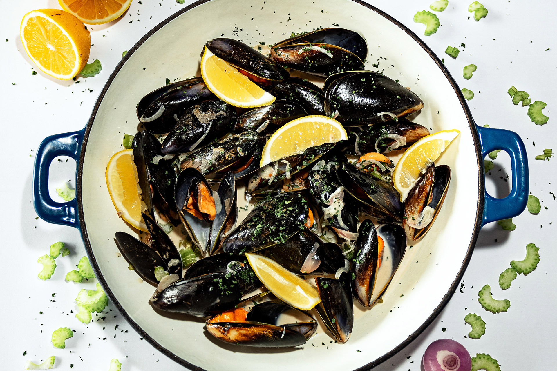 Taste showcase   Spanish Mussels with Celery and White Wine