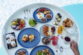 Floating Breakfast 06