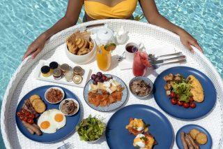 Floating Breakfast 07