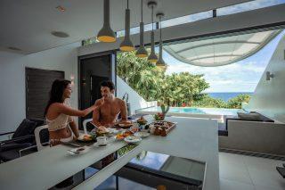 In-villa Dining 08